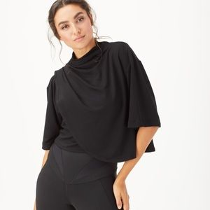 Michi Voyageur Crop Top in Black